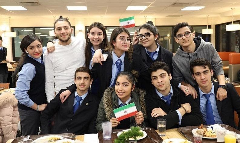 جشنواره غذای ایرانیان در کالج بین المللی کلمبیا به کمک جمعی از دانش آموزان ایرانی